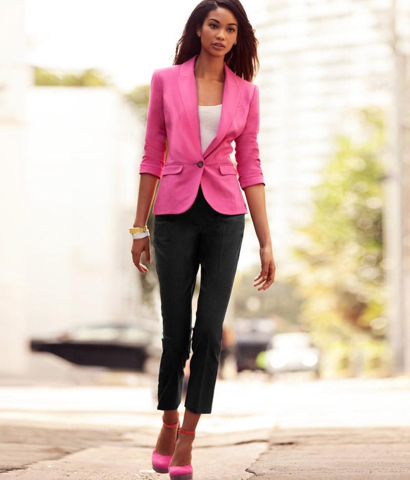с чем модно носить розовые туфли