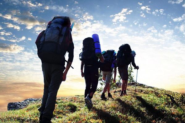 Передвижение группы при пешем походе