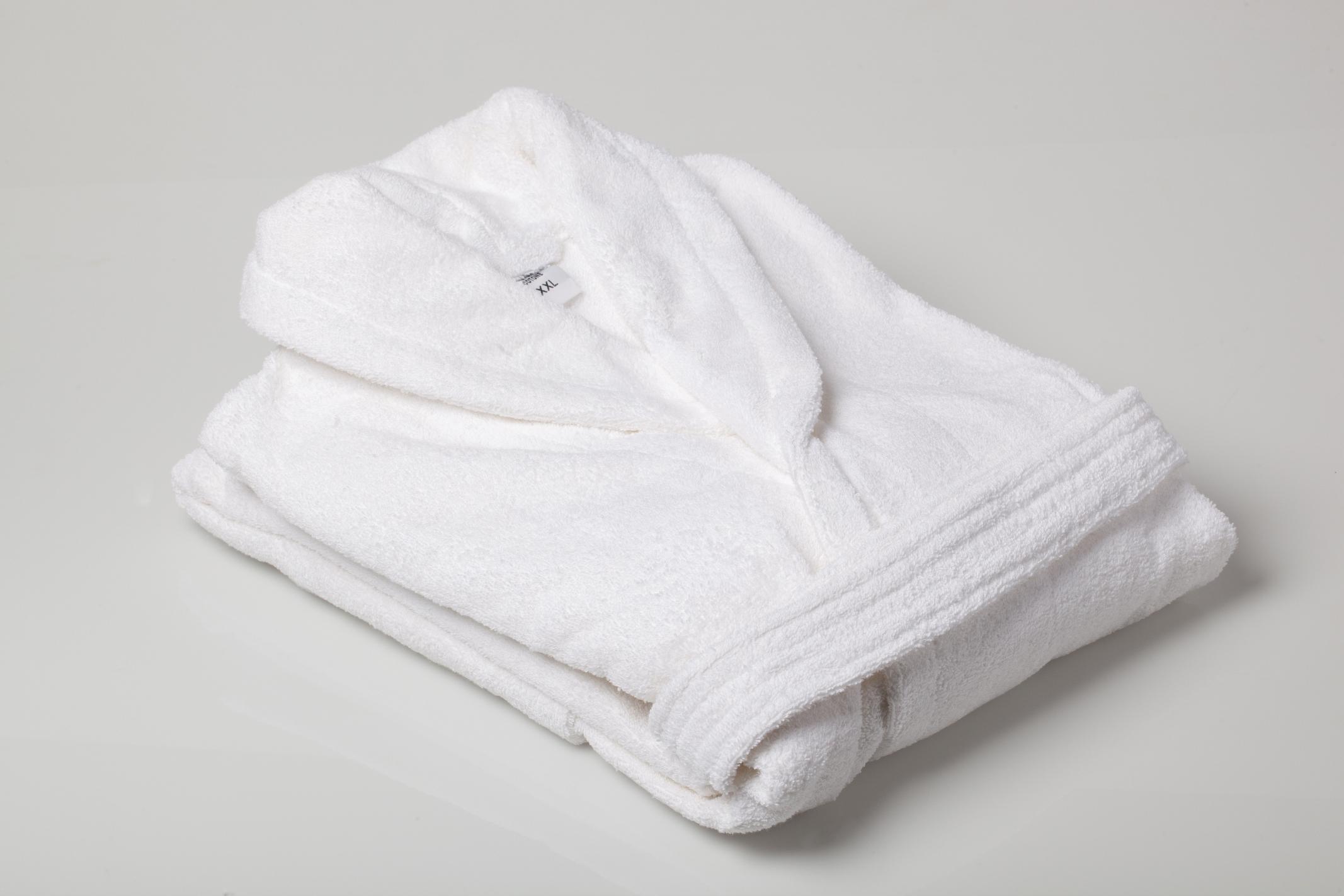 Халаты для женщин тоже могут быть стильными