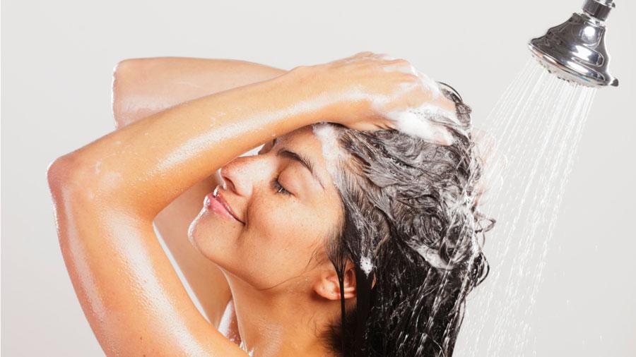 Как помыть волосы правильно