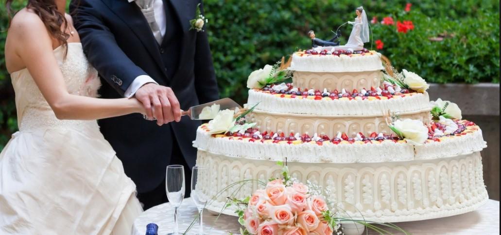 Что учесть при заказе свадебного торта