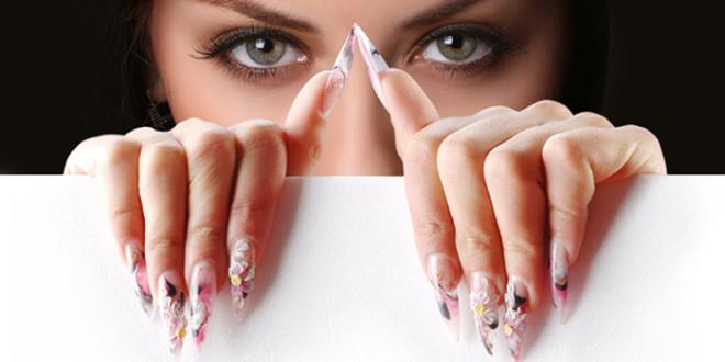 Особенности наращивания ногтей