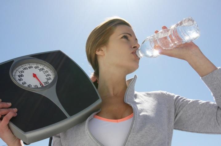 Питьевая вода может уменьшить избыточный вес