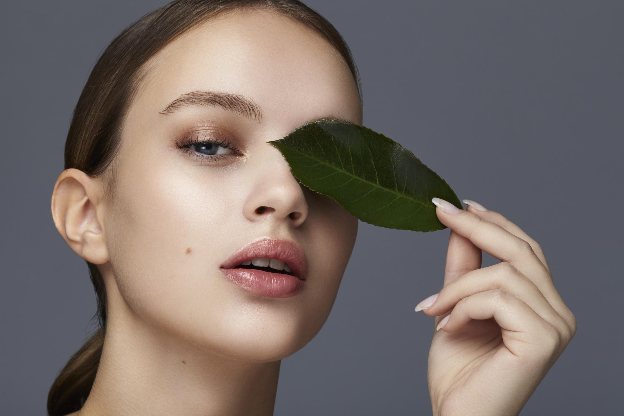 Топ-12 самых эффективных сывороток для разных потребностей кожи