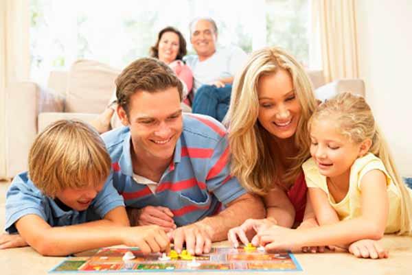 Игра и общение с детьми