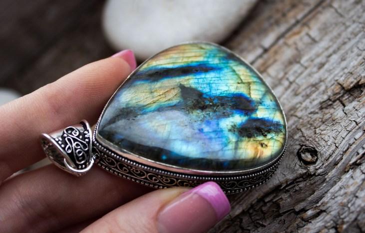Лабрадор: камень, дающий защиту