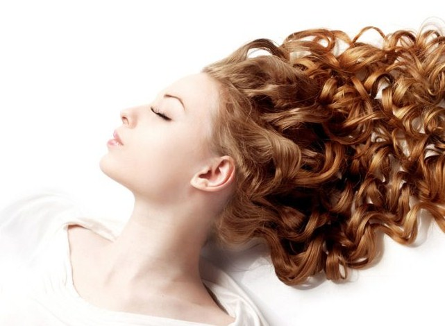Уход за волнистыми волосами в домашних условиях