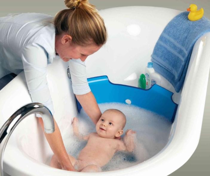 Если Ваш ребёнок боится принимать ванную