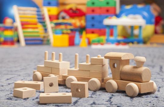 Современные игрушки: особенности выбора и отличия от традиционных