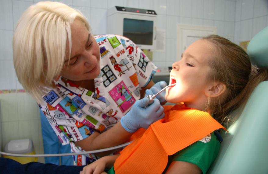 Как выбрать детского стоматолога: памятка родителям