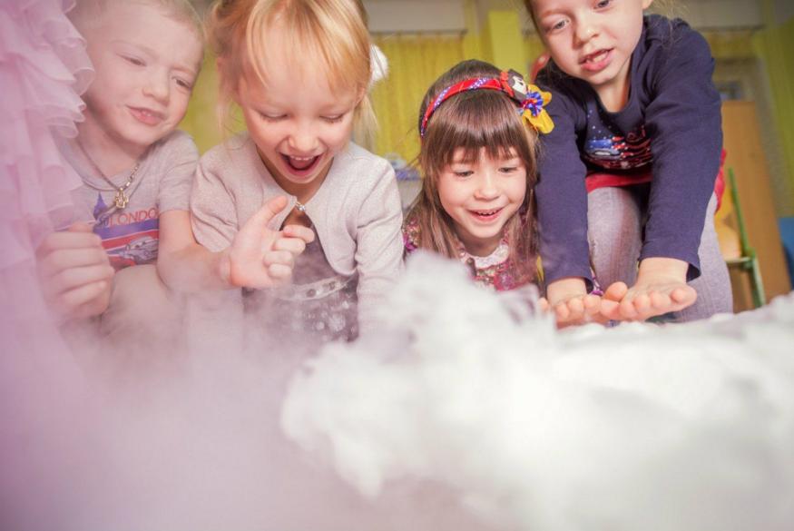 Организация детских праздников в научном стиле