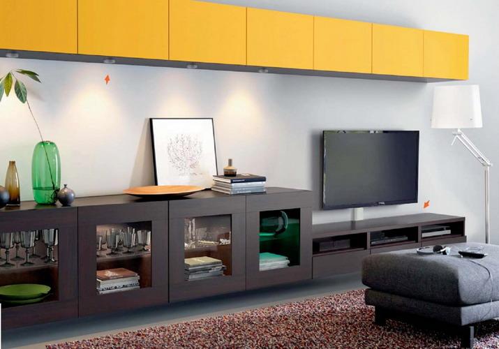 В каком строительном магазине комфортнее подбирать мебель?