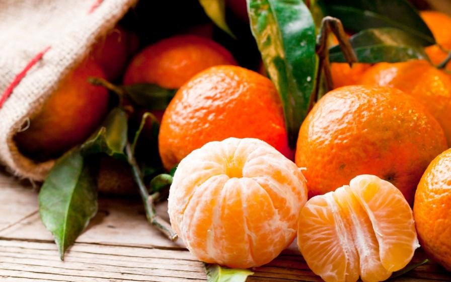 Зимнее оранжевое чудо – мандарин