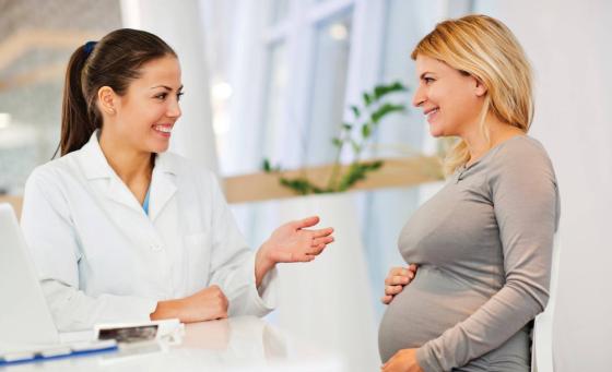 Можно ли лечить зубы беременным женщинам
