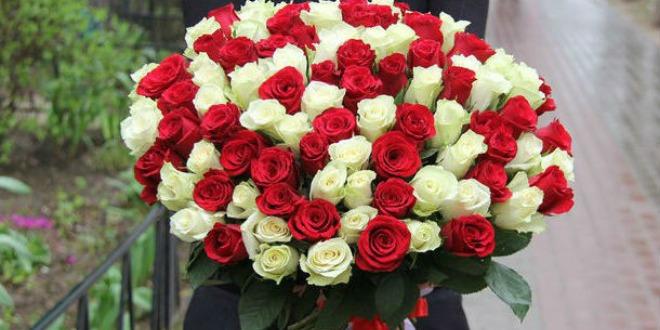 Роскошный букет из 101 розы: как выбрать и когда уместно дарить