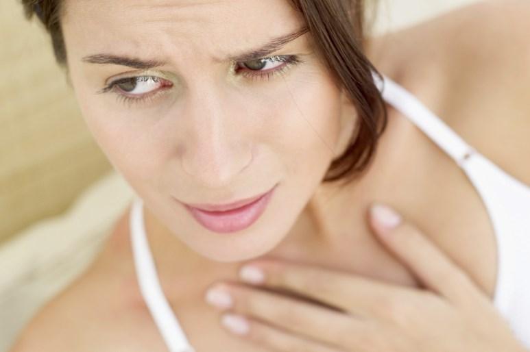 Сухость во рту — причины и устранение