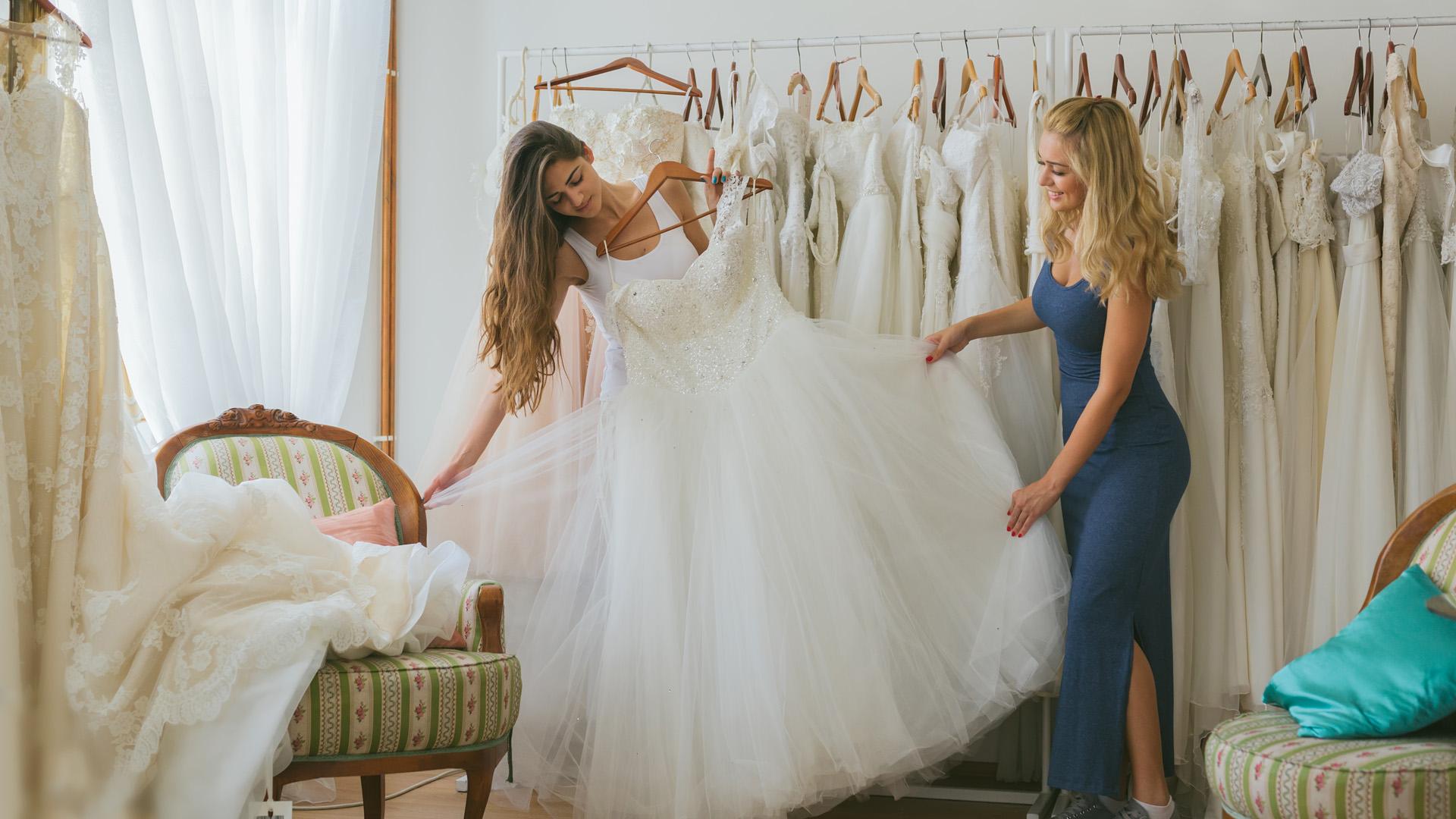 Как систематизировать выбор свадебного платья, чтобы не сойти с ума в суете?