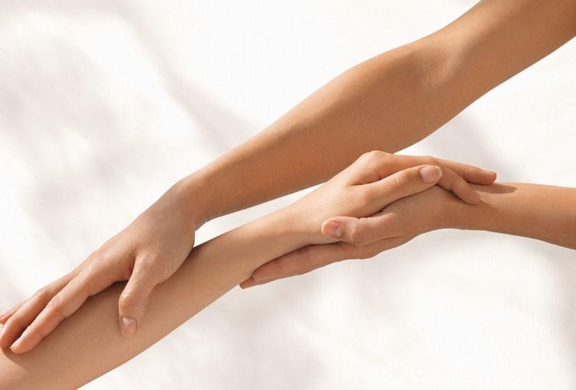 Как снять отек пальца руки