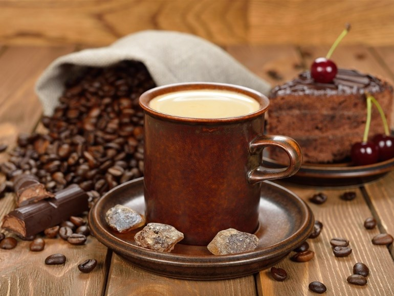 Зачем добавлять в кофе кокосовое масло