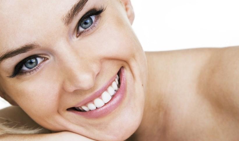 Самые простые и эффективные домашние маски для отбеливания кожи лица