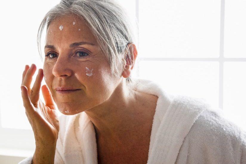 Анти-эйдж, или омолаживающий макияж