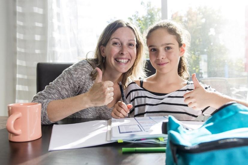 Почему так важно хвалить подростков