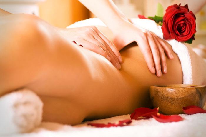 Эротический массаж — как воздействовать на эрогенные зоны женщины