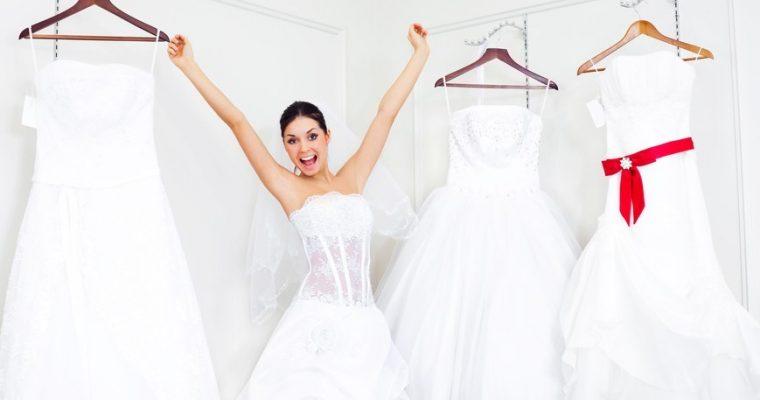 Какую модель и стиль платья выбрать для разных случаев?