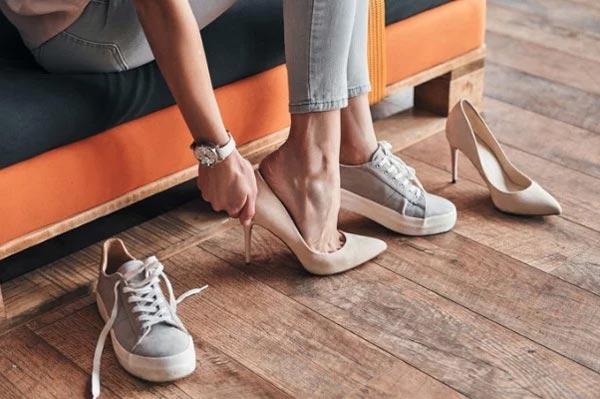 Правильно выбранная женская обувь скрывает недостатки фигуры