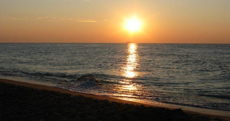 Сколько стоит жилье и отдых у моря в Каролино Бугаз