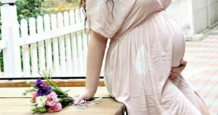Платья для беременных – лучший способ быть красивой будущей мамой