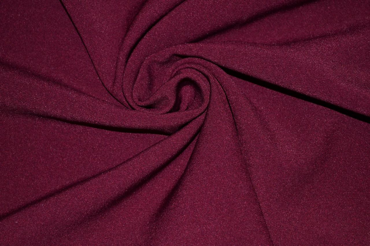 Материал обивки дивана: ткань или кожа
