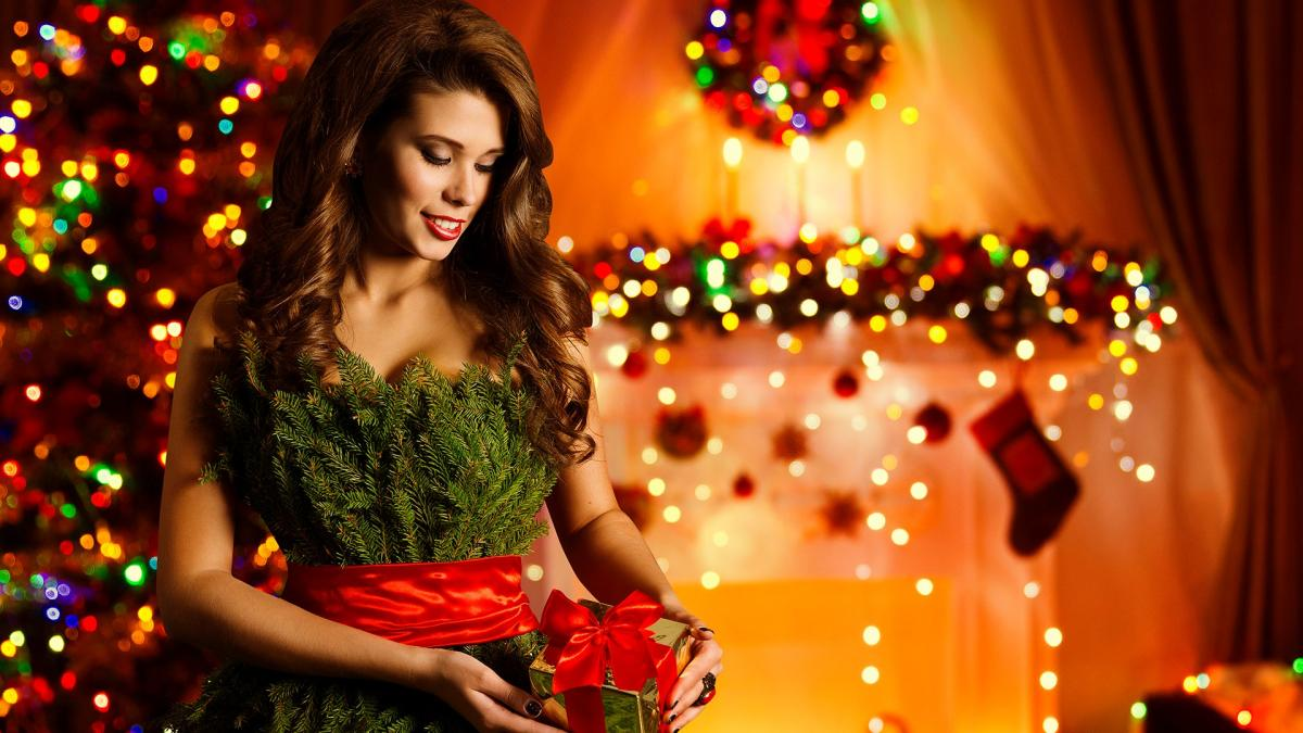 Какое вечернее платье купить к празднованию Нового года