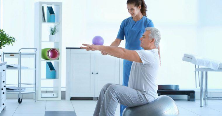 Реабилитация и лечение после травм позвоночника в Запорожье в клинике Awatage
