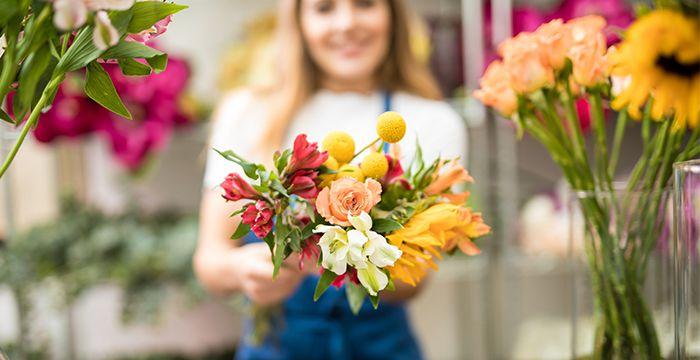 Своевременная доставка цветов может спасти Вашу жизнь