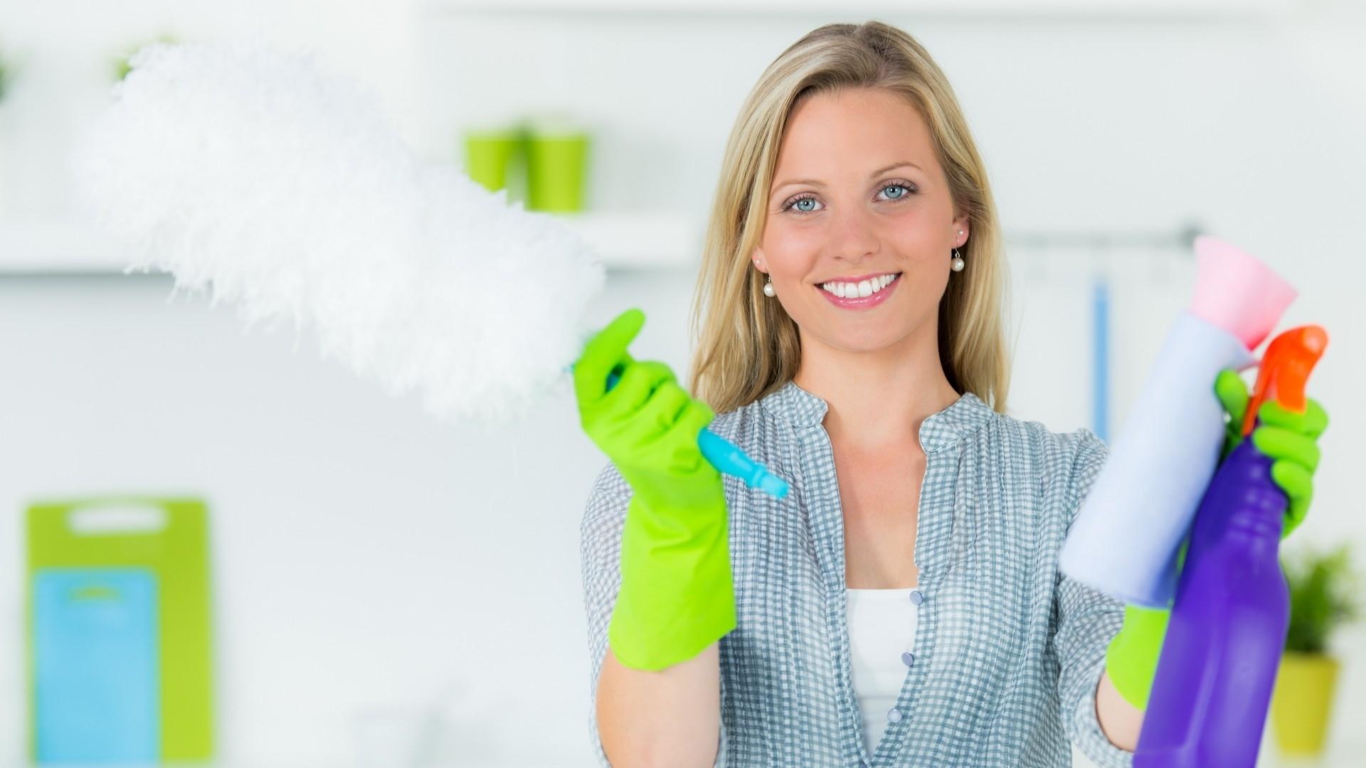 Домработница: как найти и что входит в ее обязанности
