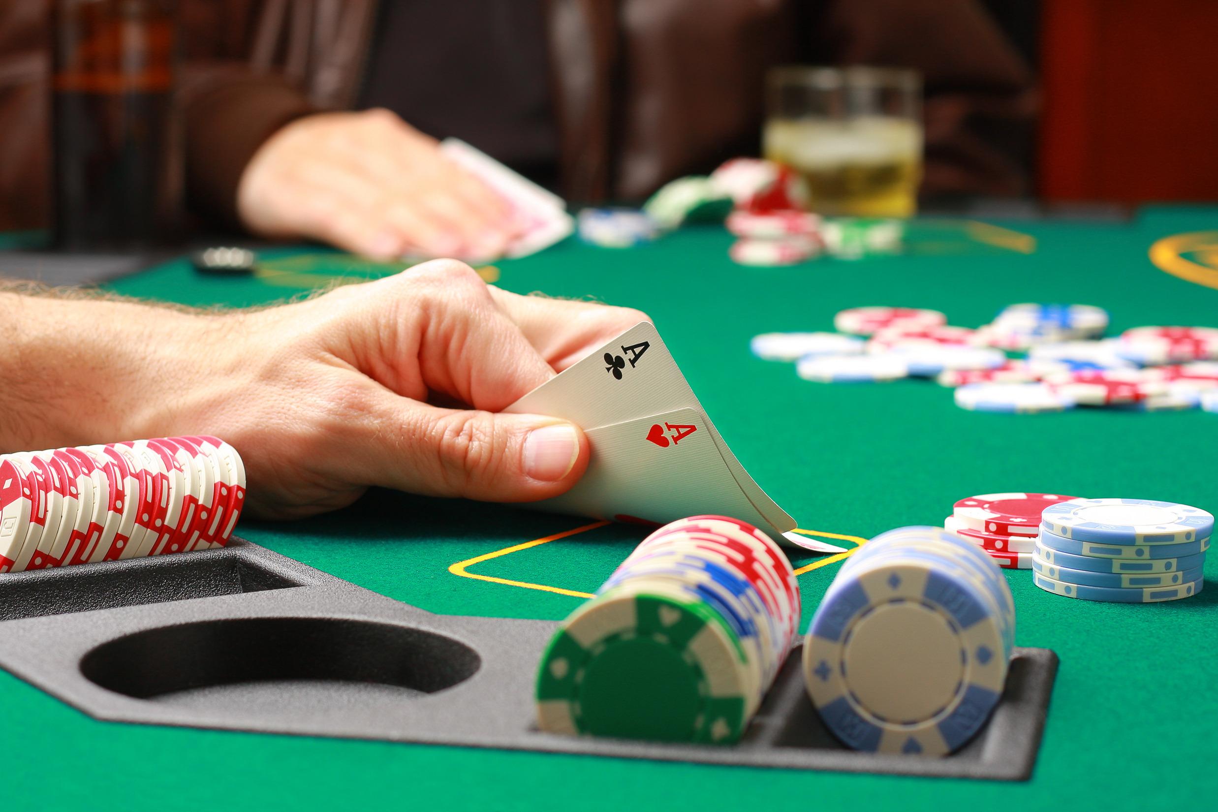 Плюсы и минусы казино-онлайн slotor