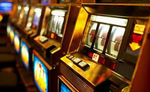 Игровые автоматы: преимущества автоматической игры Vulkan King