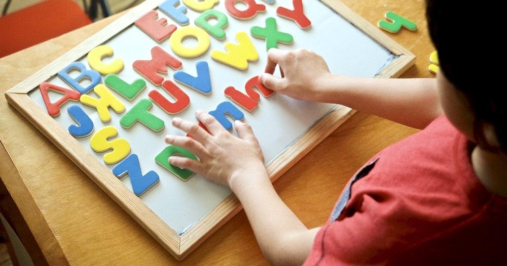 Учим ребенка правильным вещам: английский язык