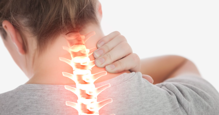 Почему болит шея и как избавиться от боли