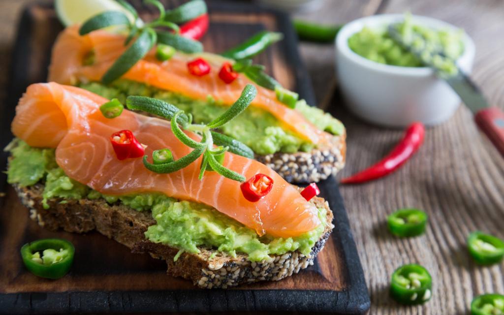 Идеальный рацион без мяса: рыбная диета и с чем её едят