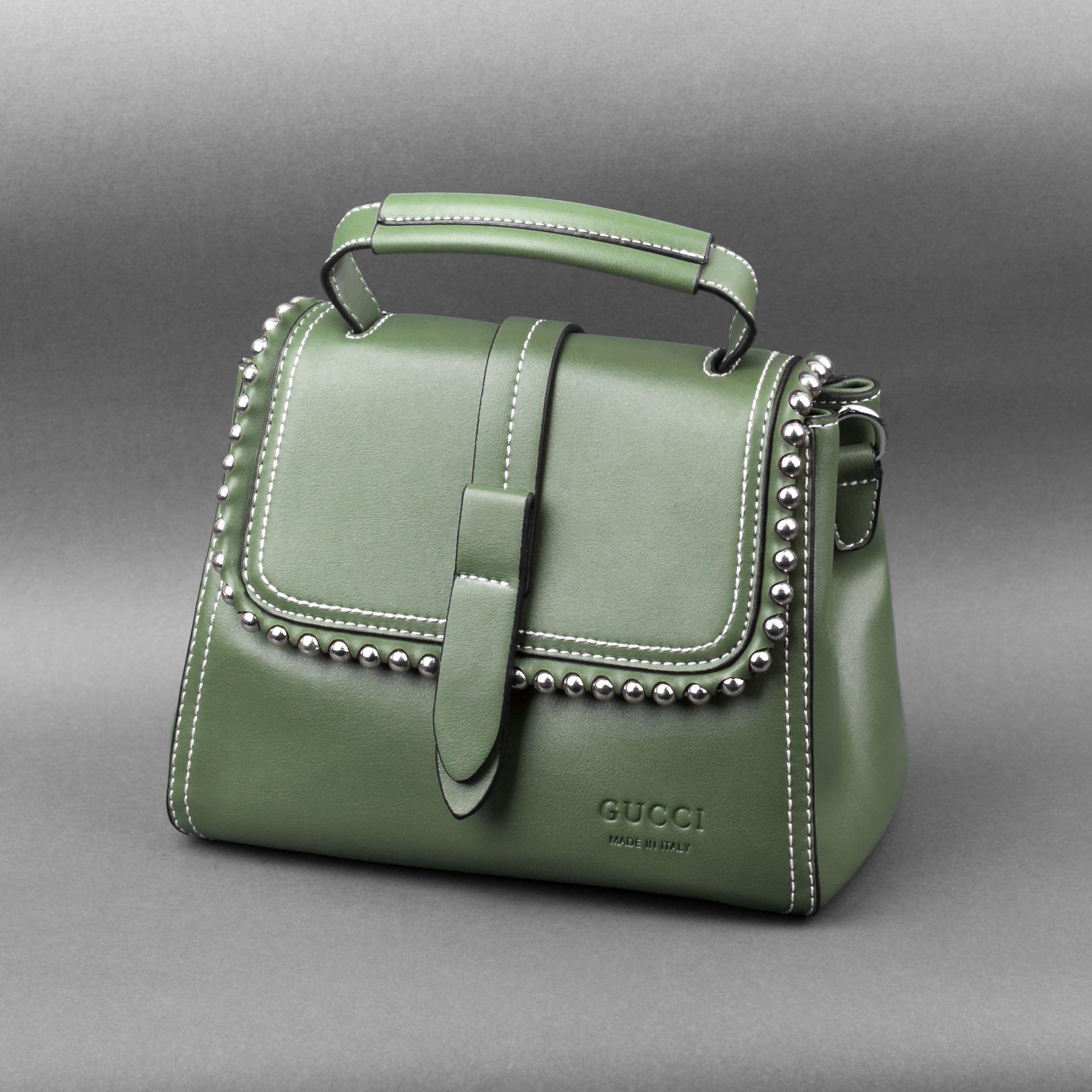 Элегантные сумочки — необходимый аксессуар для особого случая